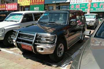猎豹 黑金刚 2005款 2.4 手动 舒适型后驱