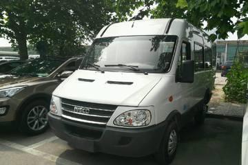 依维柯 依维柯 2011款 2.8T 手动 A35标准11座 柴油