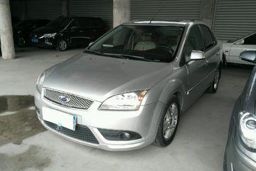 福特 福克斯三厢 2007款 2.0 自动 豪华型