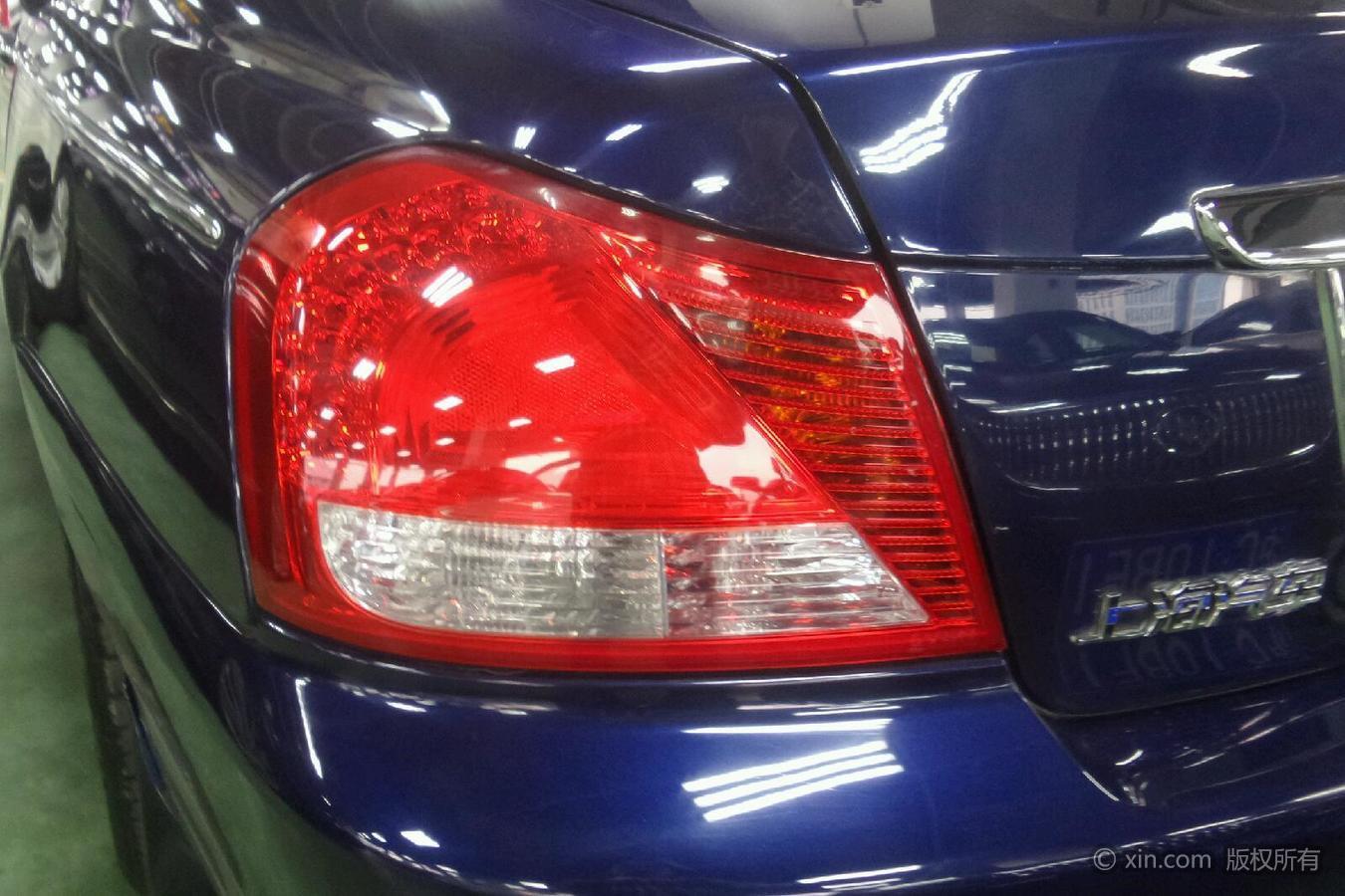 荣威750左侧尾灯瑞虎5X可以改摄像头后视镜吗图片