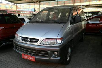 东风风行 菱智 2012款 1.6 手动 商用基本型7座