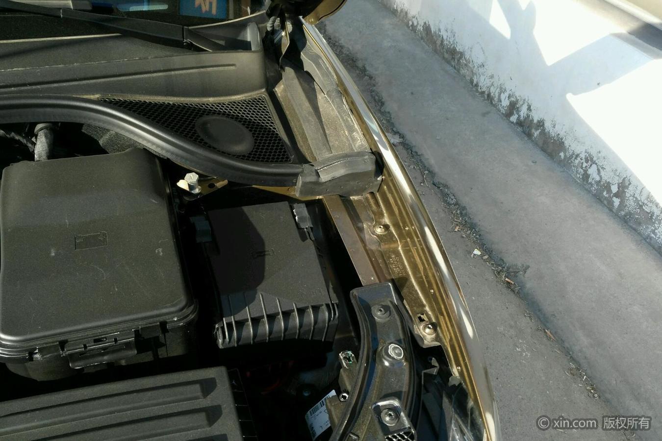 奥迪Q3右侧翼子板