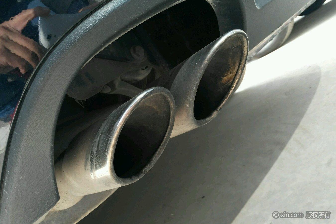 大众帕萨特排气管