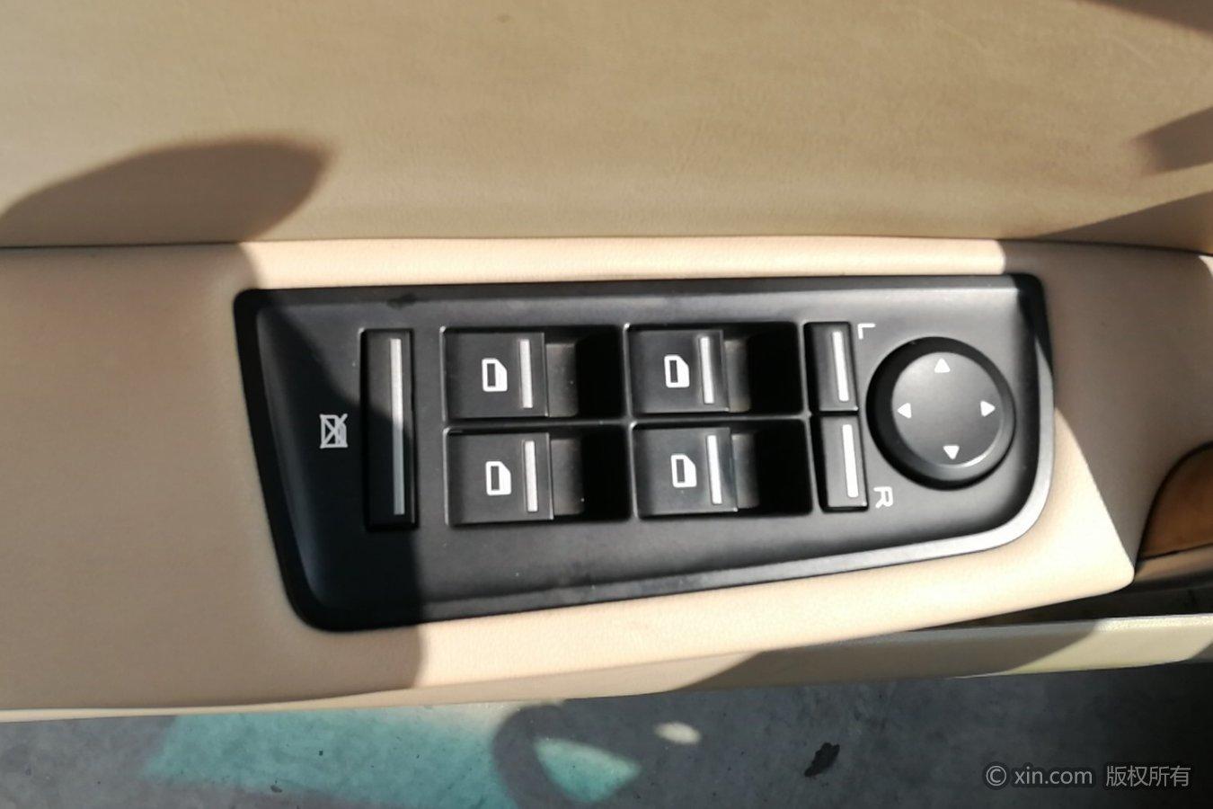荣威550左前车门控制键