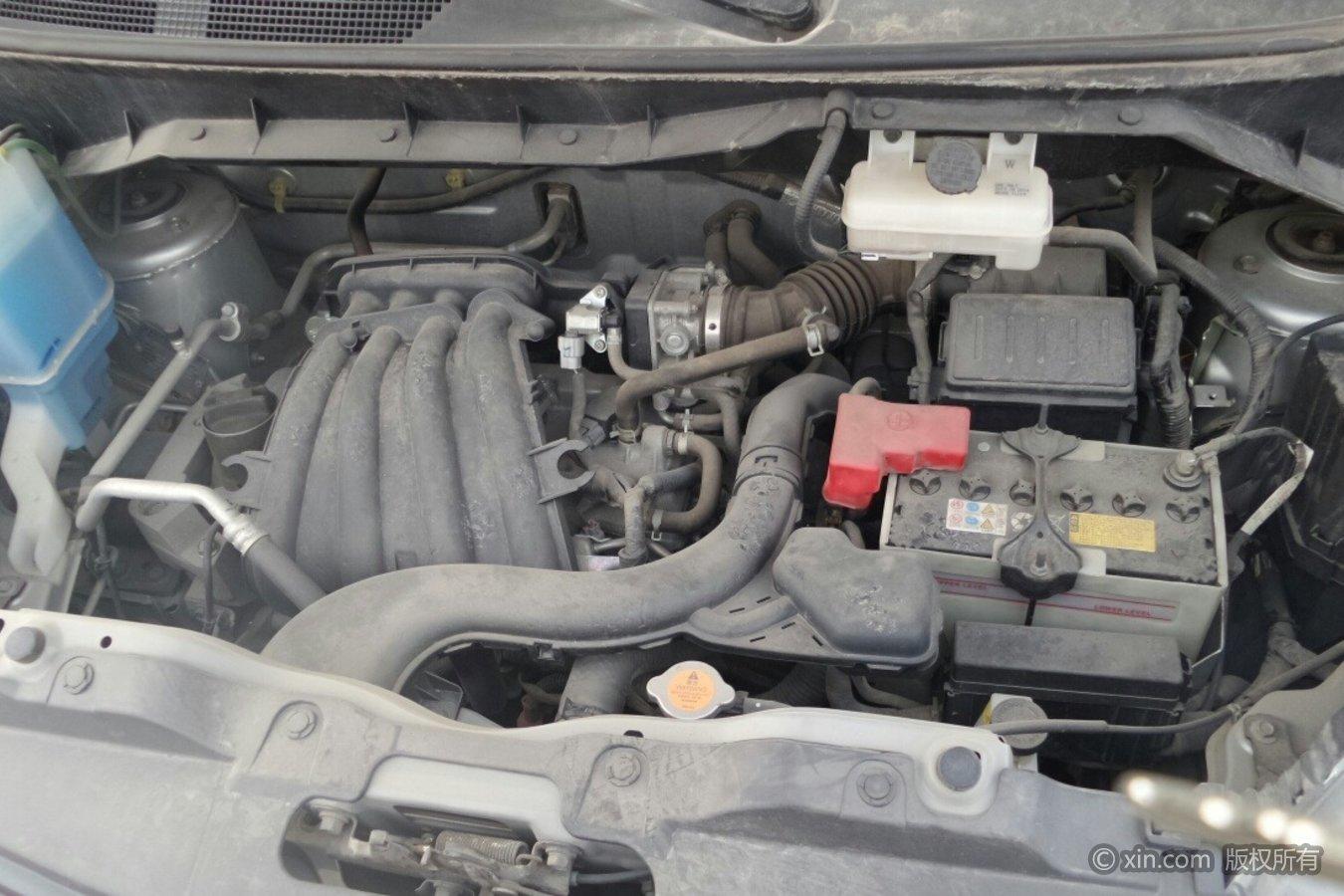 日产NV200发动机