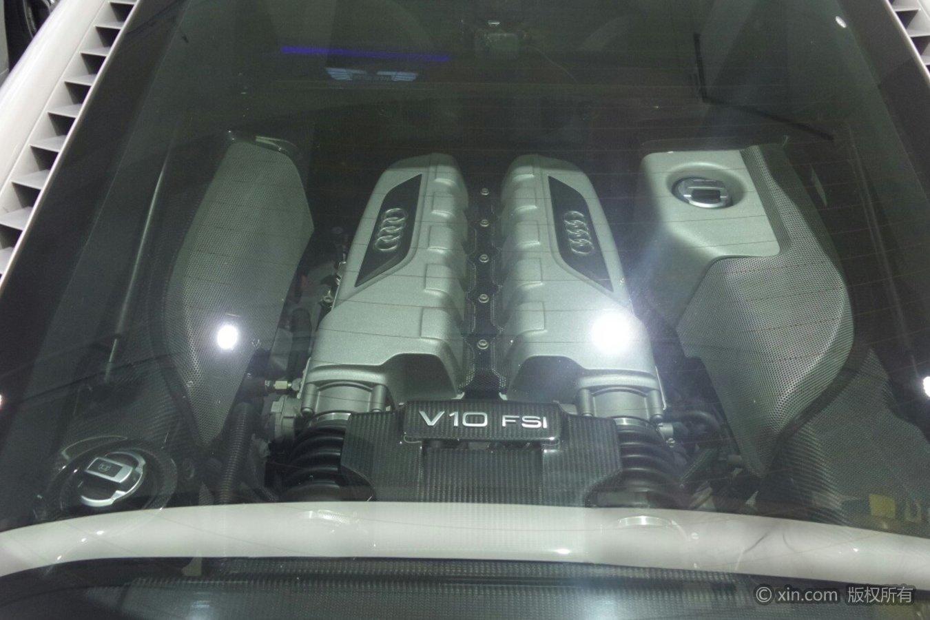 奥迪R8(进口)发动机
