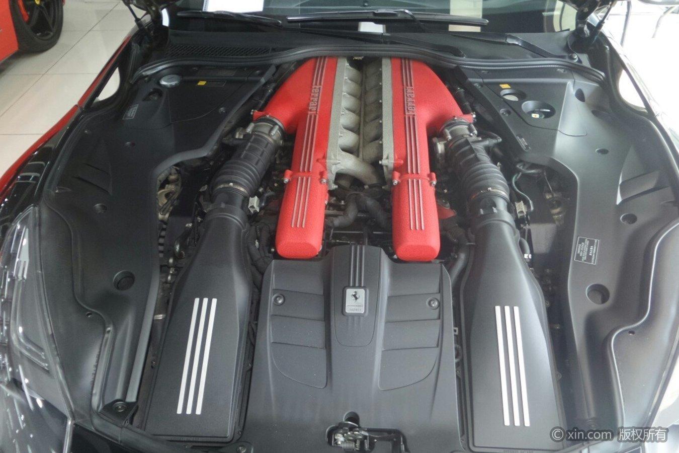 法拉利F12发动机