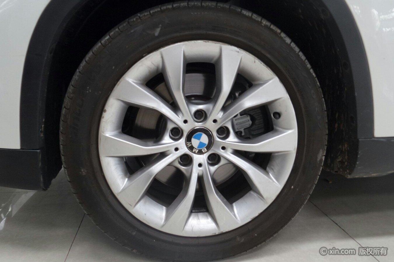宝马X1(进口)左前轮胎