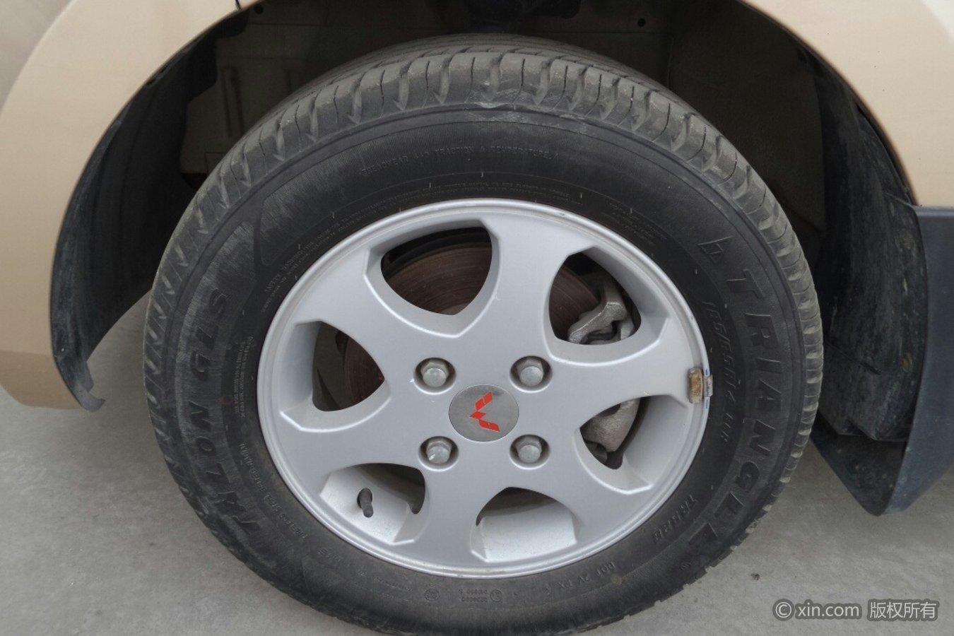 五菱汽车宏光轮毂