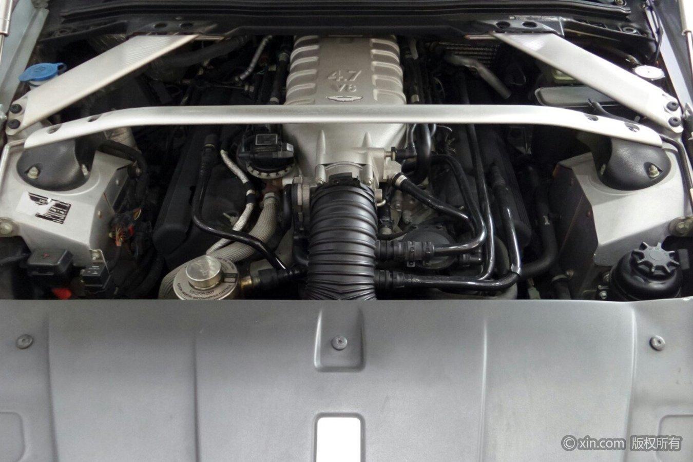 阿斯顿·马丁V8发动机
