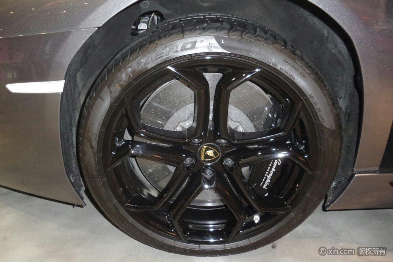 兰博基尼Aventador轮毂