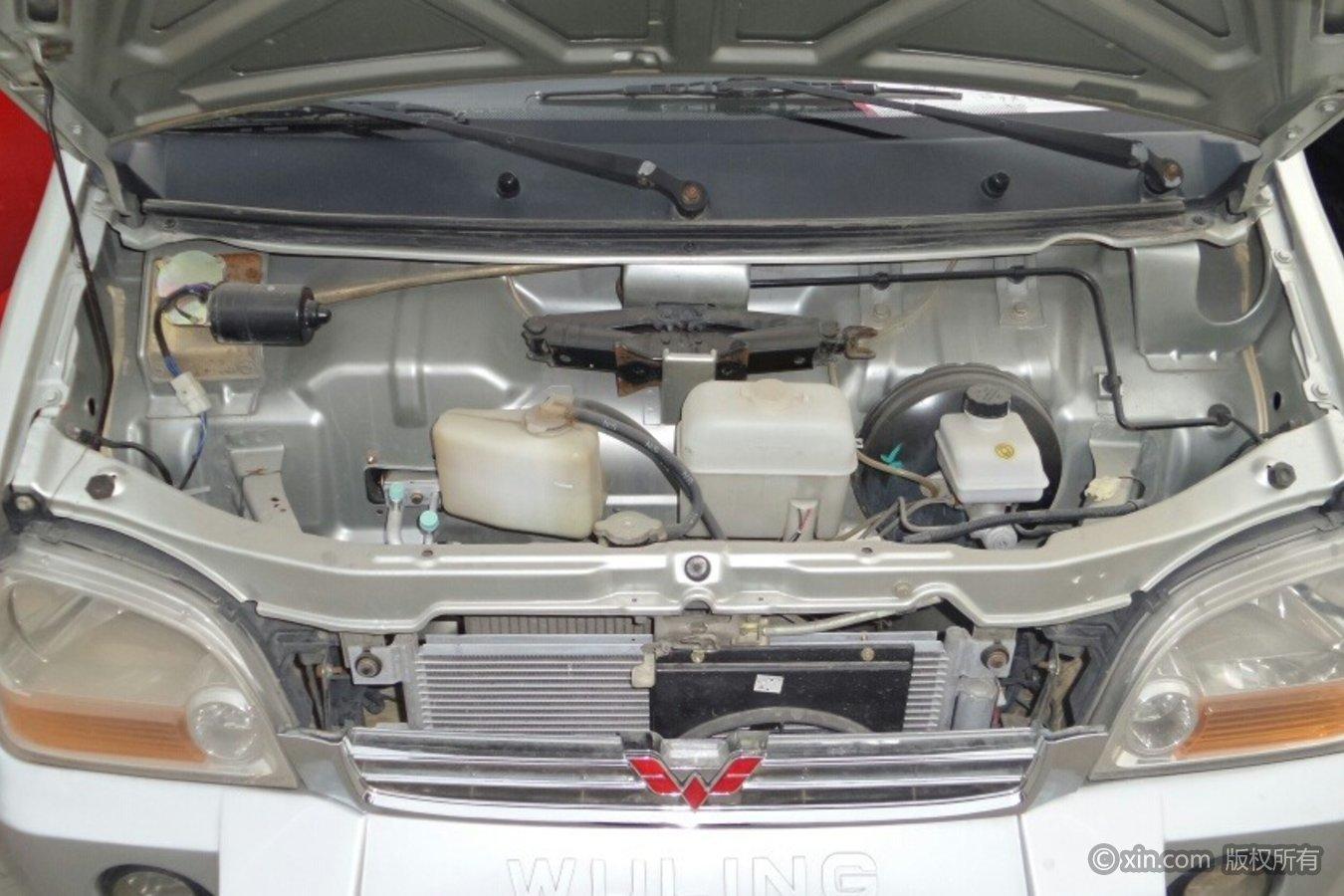 五菱汽车五菱之光发动机