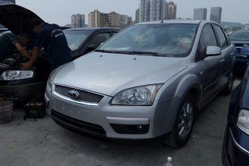 福特 福克斯三厢 2006款 1.8 自动 时尚型