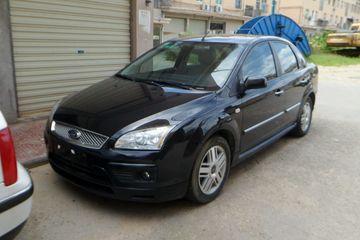 福特 福克斯三厢 2006款 2.0 自动 豪华型